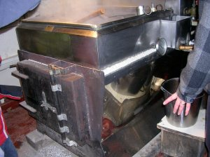 Boiler below the evaporator