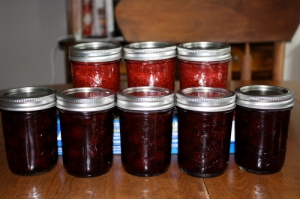 3 half-pints of raspberry jam, 5 half-pints of blackberry jam